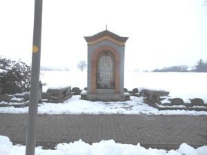 MMonticelli, vicino al cimitero