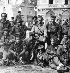 Il 19 aprile, Salvatore Carrozza, Anteo Donati e Afro Fornia vennero fucilati a Monticelli Terme.