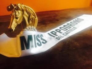 Trofeo Superstar 2016 e la fascia di Miss Ippodromo del Castello