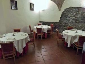 dove il sussurro ti accompagna per la cena Ristorante AL CASTELLO Montechiarugolo