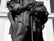 Parma, la statua di Garibaldi viene spostata