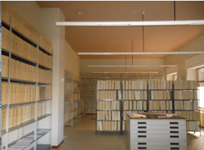 SQUILLACE - Mercoledì 3 Maggio 2017 L'archivio e Biblioteca Diocesana di Squillace Strongoli Giuseppe