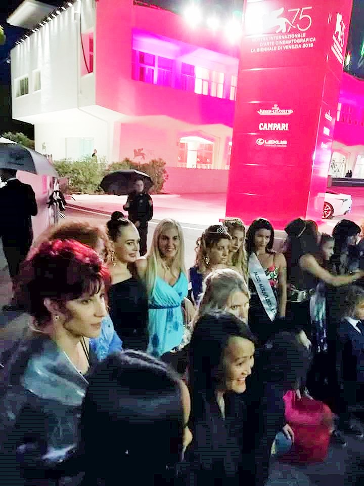 Cinzia Felloni ospitata sul Red Carpet Venezia 75°