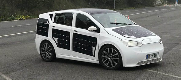 Sion, l'auto elettrica-solare di Sono Motors.