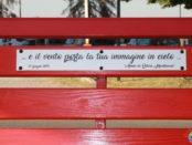 Panchina rossa sulla ciclopedonale di Montechiarugolo 2019
