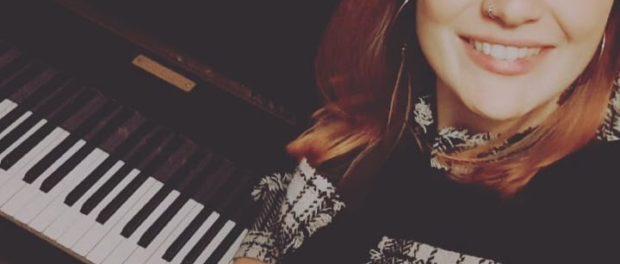 Elisa Sandrini 17 Febbraio 2021 cantare per amore